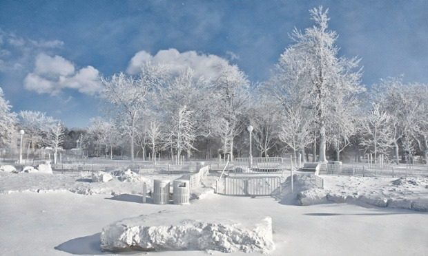 US Polar Vortex Niagara Park
